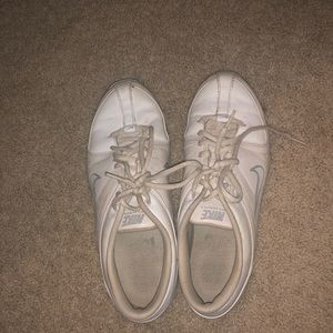 Nike cheer shoes size 8